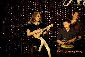 suoi-nhac-quang-trung-dan-ukulele-my-tam (6)
