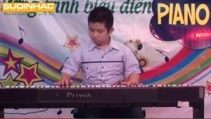 Biểu diễn đàn Piano Digital của Lê Nguyễn Nhựt Minh tại Suối Nhạc Quang Trung