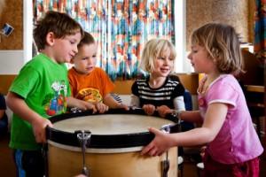 huấn luyện trẻ em bằng âm nhạc