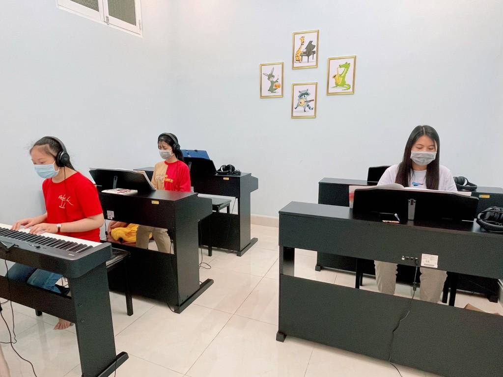 Khai giảng lớp học đàn Piano tại Bảo Lộc